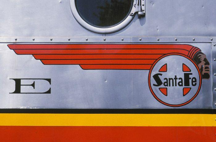 F-7, Santa Fe Railroad, Sacramento, California, California State Railroad Museum, diesel locomotive,