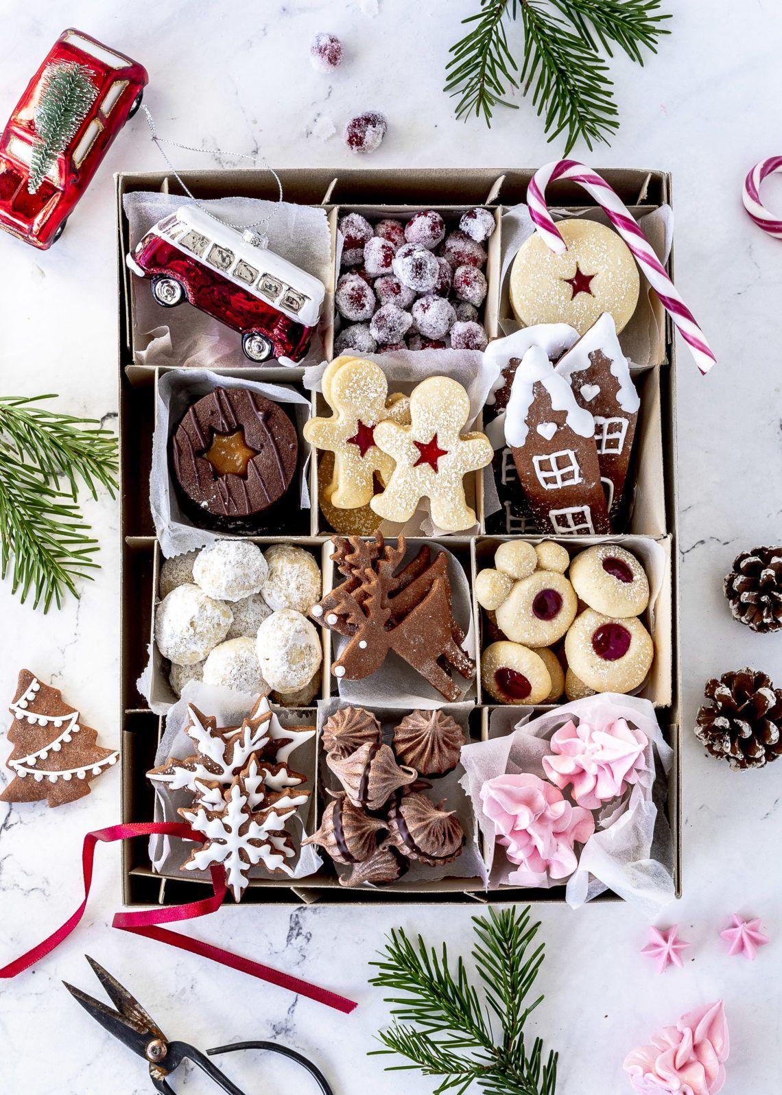 Weihnachtsplätzchen Rezepte backen Spitzbuben Kekse Lebkuchen Engelsaugen Husarenkrapfen #christmas #cookies #plätzchen #backen #xmas Emma´s Lieblingsstücke #quickcookierecipes