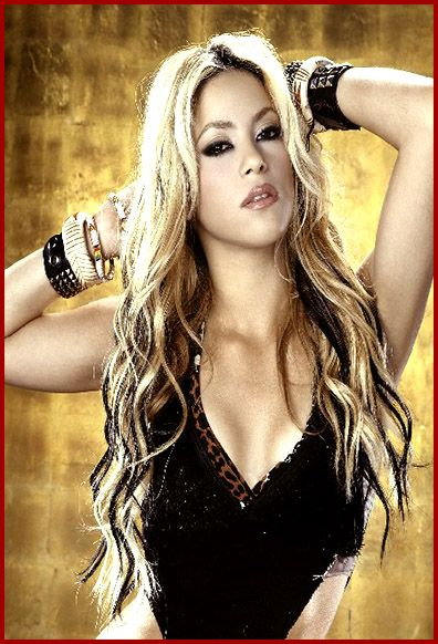 Shakira Waka Waka This Time For Africa The Official 2010 Fifa World Cup Song Shakira Hair Curls For Long Hair Hair Highlights