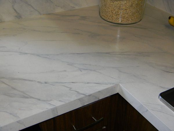 Chic Tip of the Week | Faux marble countertop. Formica countertops. Painting formica