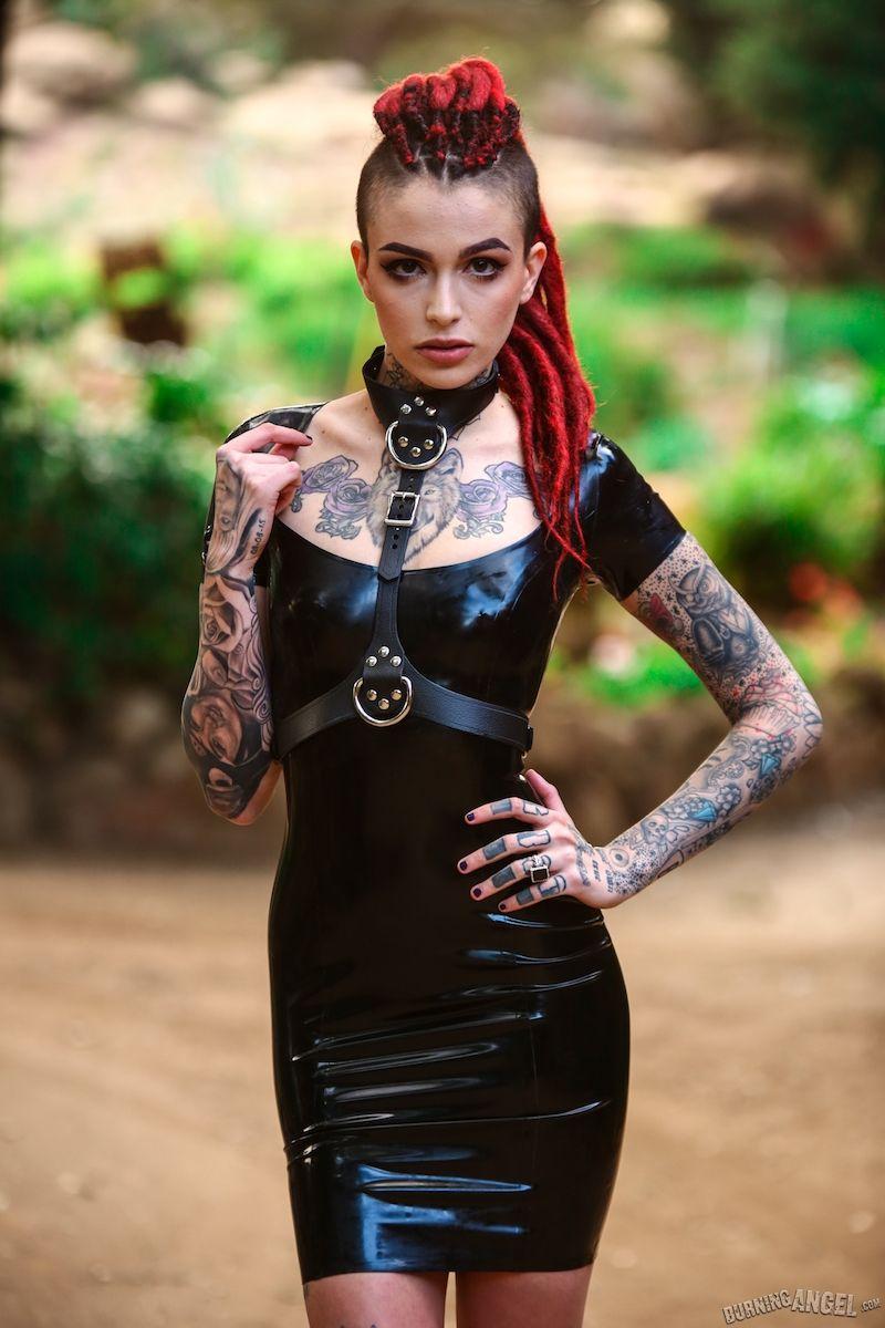 Leigh Raven Nude Photos 66