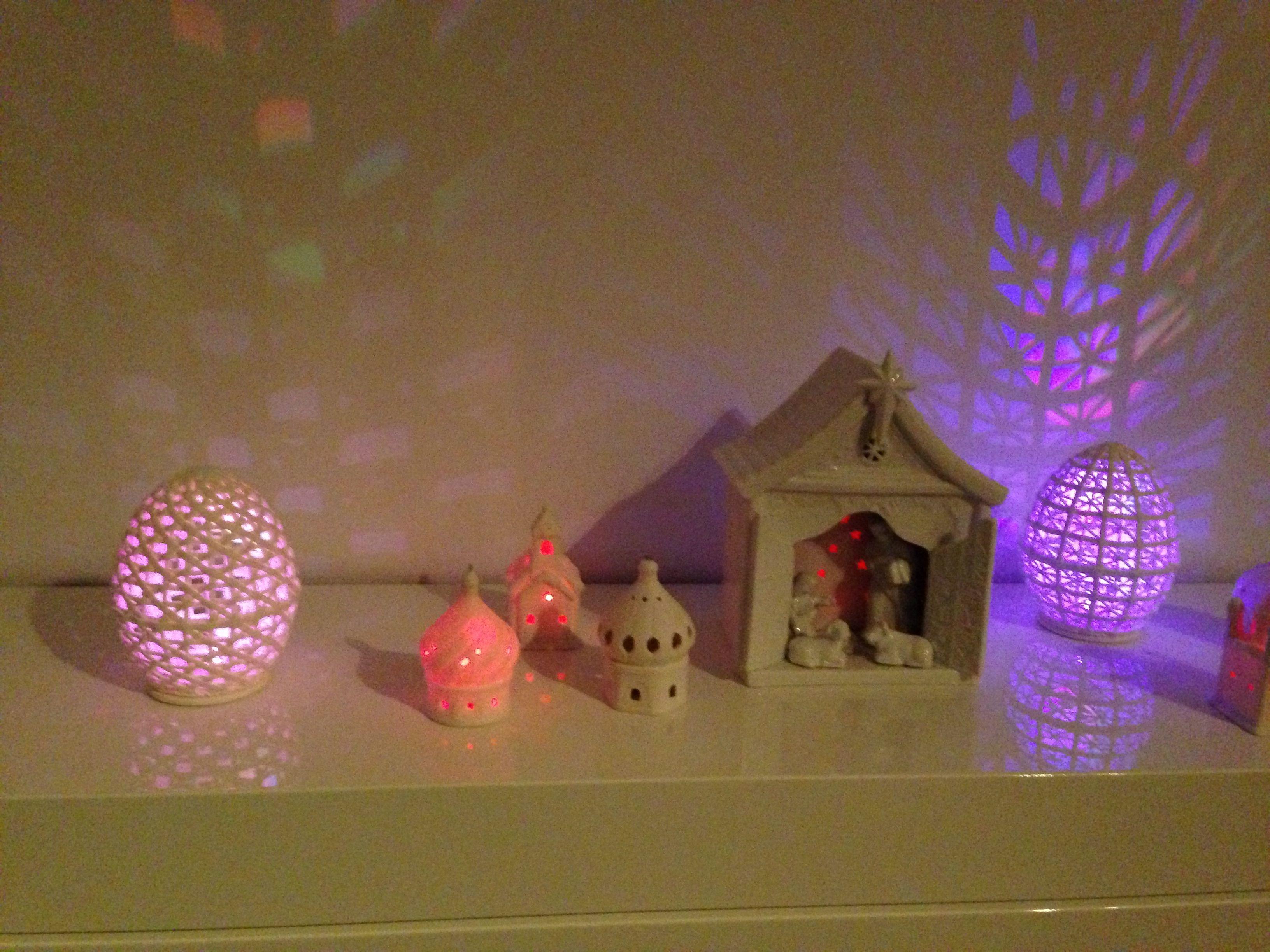 16x Neutrale Kerstdecoraties : Pin van juliette orie op kerst at home db pinterest