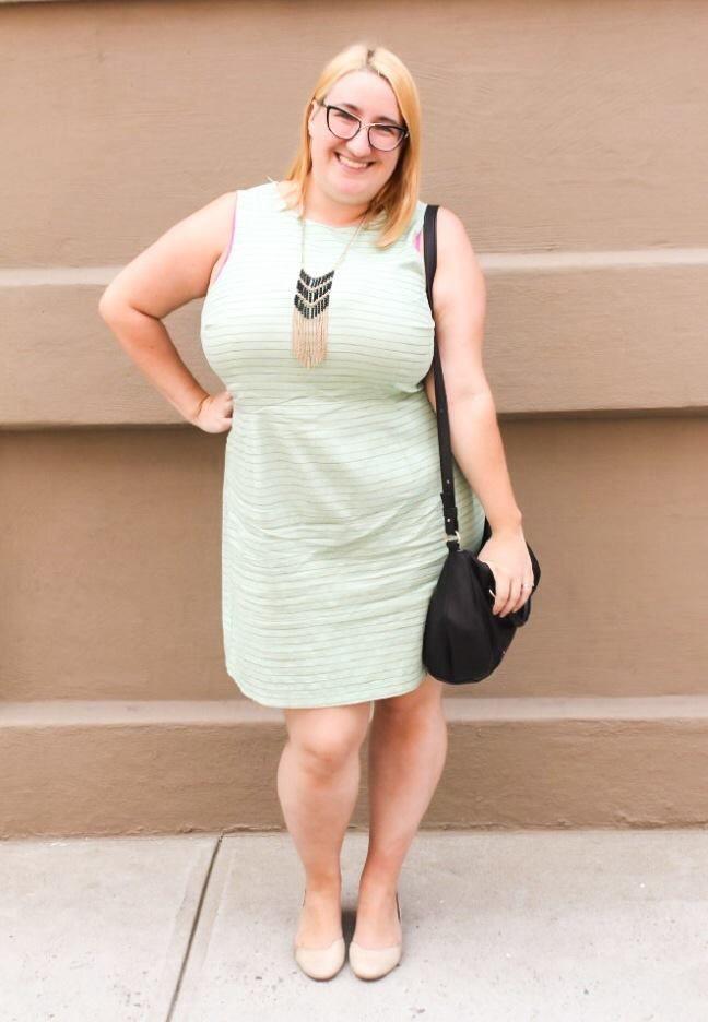 Ein schönes Kleid zu einer schönen Frau.   Curvily   Pinterest
