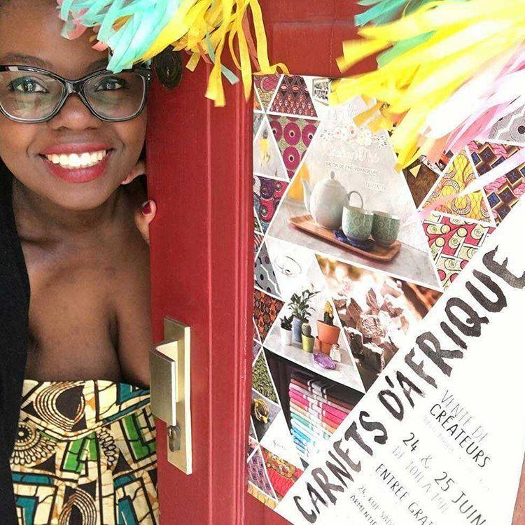 Depuis hier c'est l'événement #carnetsdafrique à Armentieres ! @lavoixdunord parle de nous ! On t'attends avec les superbes créatrices (et du manger !! ) #armentieres #voixdunord #lille #igerslille #igersarmentieres #lheureenchanthe #lafilleauxchaussuresroses #expovente #createur #africanart #entrepreneuse