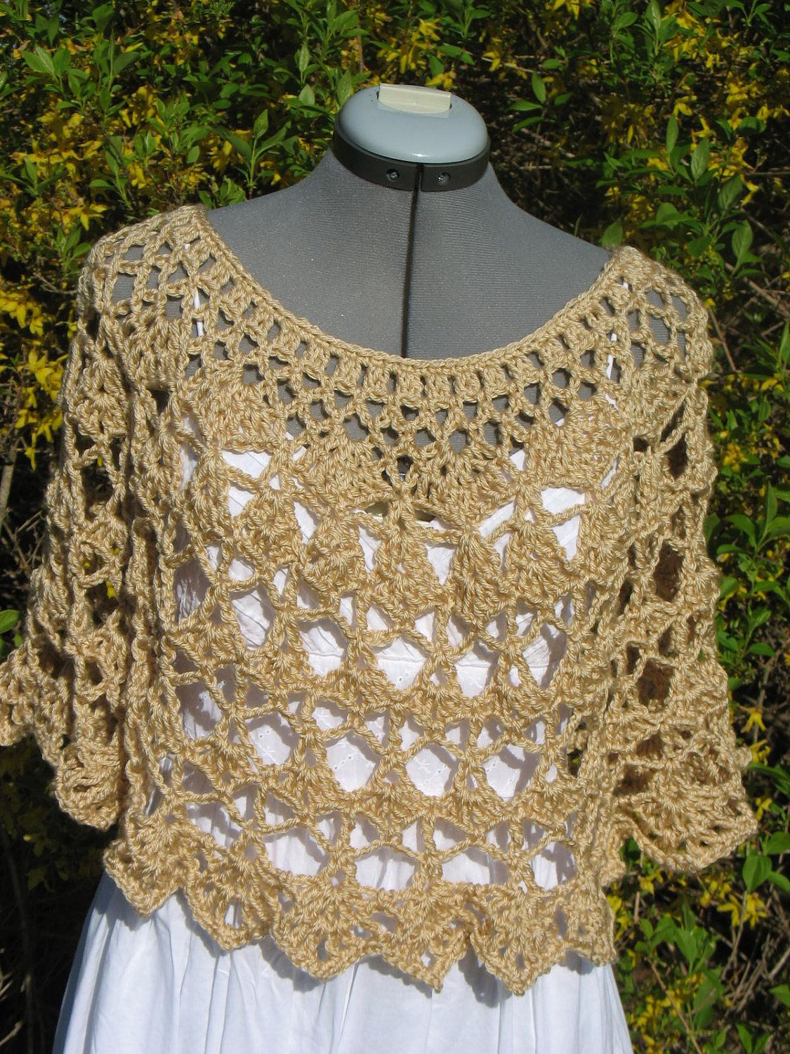 Lacy Crochet Ladies Capelet, Shoulder Wrap, Shawl, Poncho, Cover Up ...
