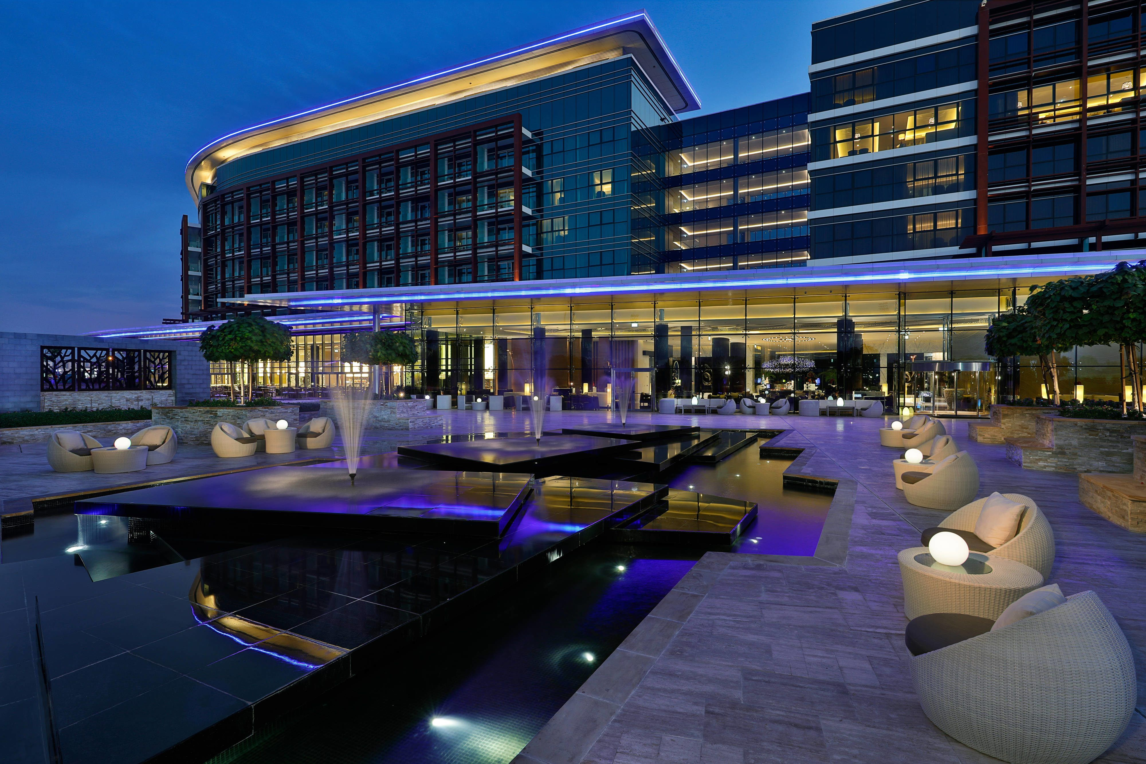 Marriott Hotel Al Forsan Abu Dhabi The Lobby Lounge Terrace Holidays Guestroom Enjoying Marriott Hotels Marriott Hotel