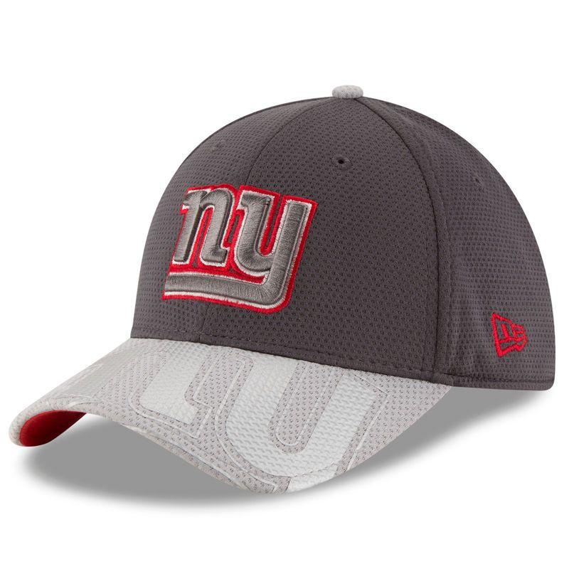 New York Giants New Era Chrome Tech 39THIRTY Flex Hat - Graphite Gray ea167c64a16
