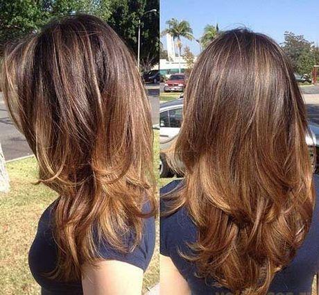 Coupe de cheveux pour cheveux longs à moyens
