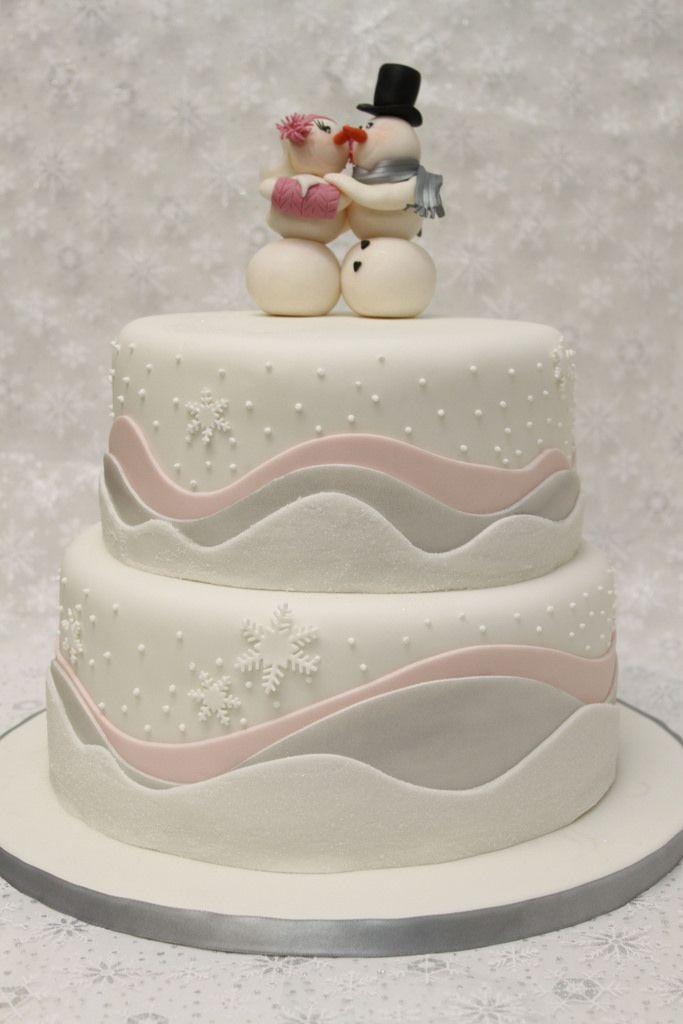 Hochzeitstorte Winter Schneeflocken Eiskristalle | by suess-und-salzig