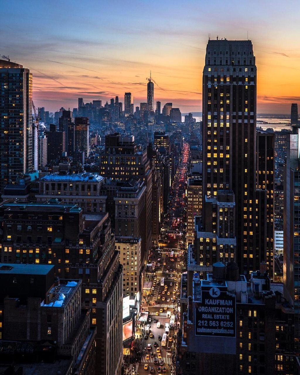 New York City At Sunset By @CraigsBeds