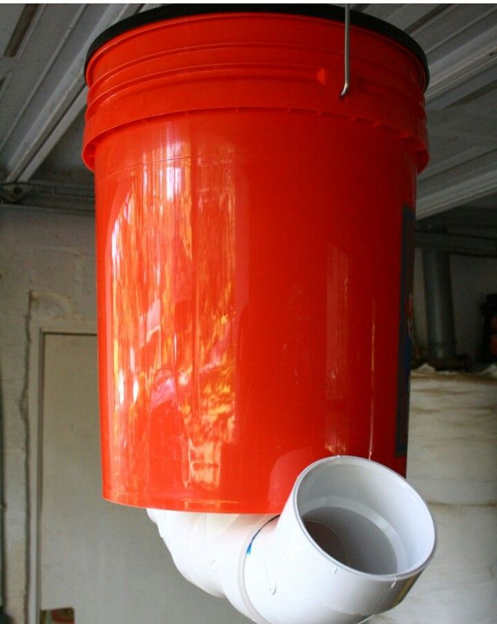 best buckets fed made deer feeder cat on bags blinds corn gravity holds to from hunting images tidy stuff of bucket pinterest