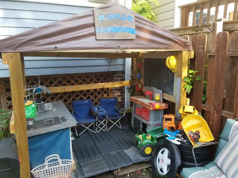 Urban lodge. Brought to you by pallet wood, Craigslist