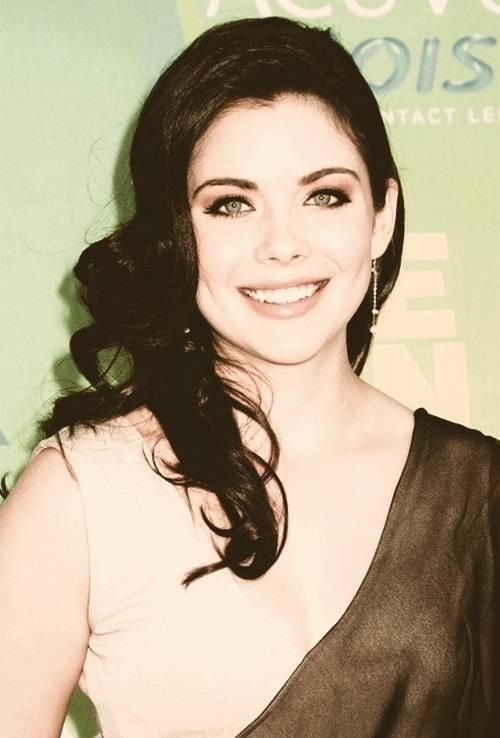 Grace Phipps a.k.a April Young from the TVD