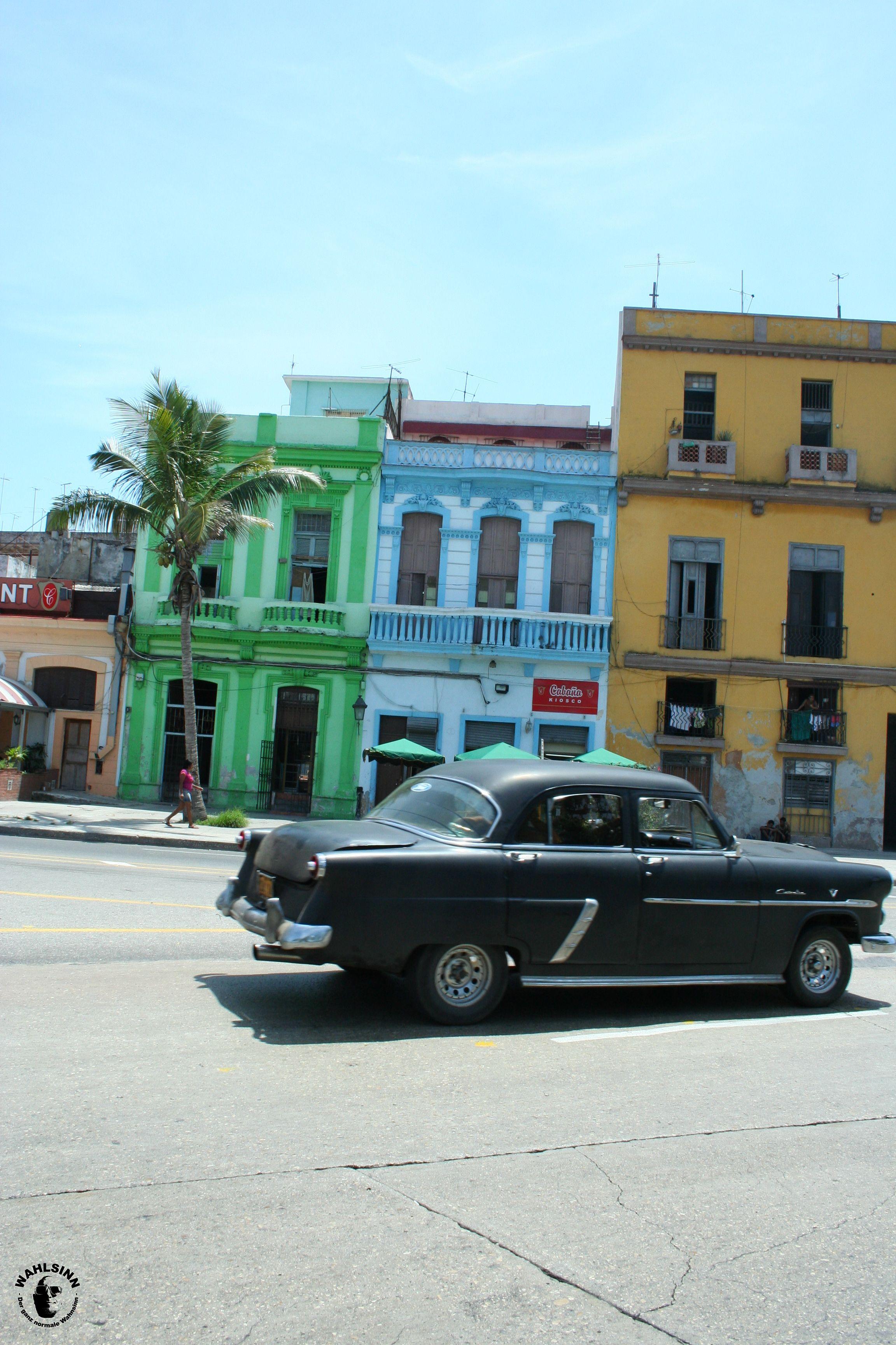 Bunte Häuser & Oldtimer - das ist Havanna