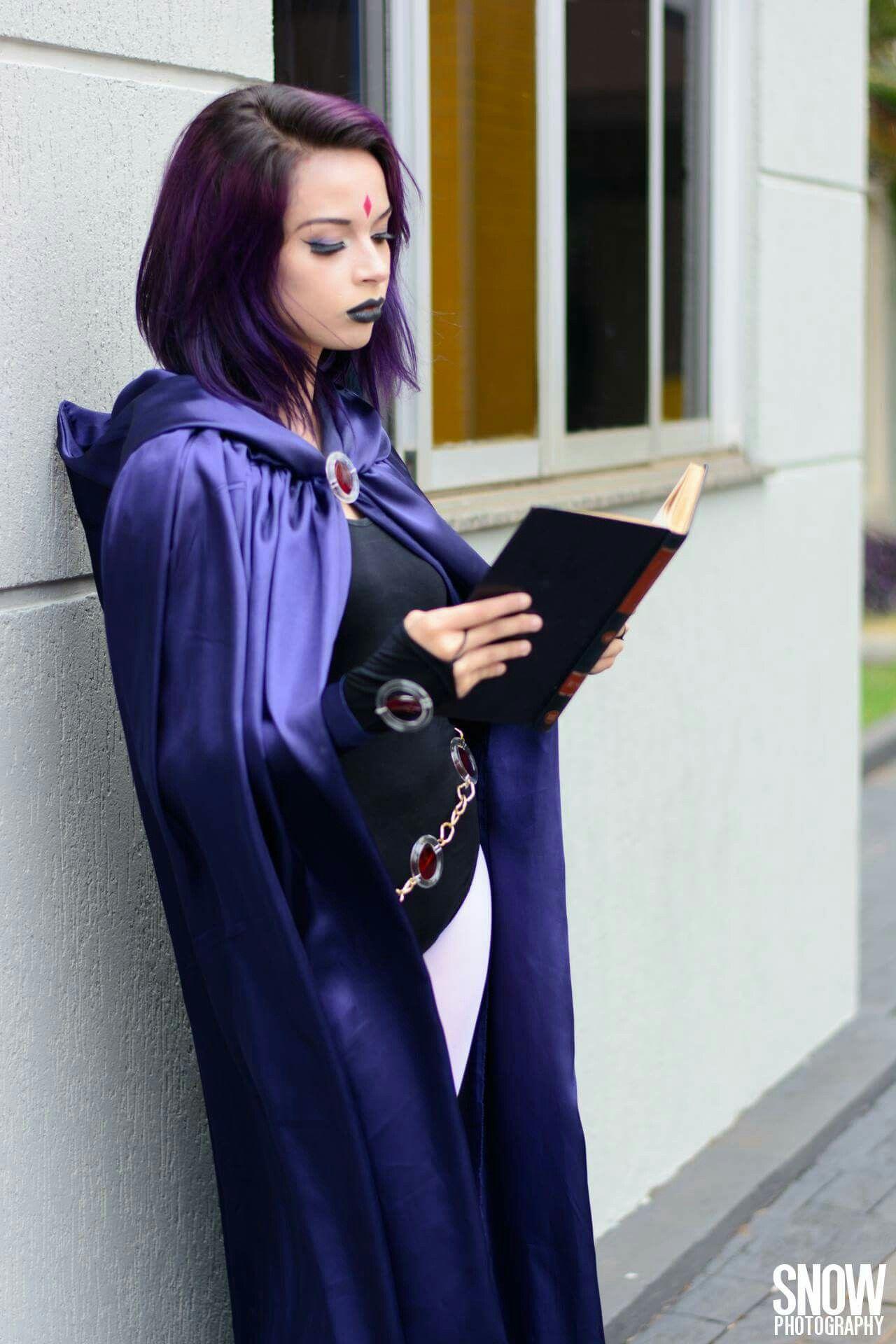 Raven cosplay, photo: Snow Photography https://m.facebook.com/snowpho/ Revana Jovens Titãs Teen Titans #cosplay #teentitans