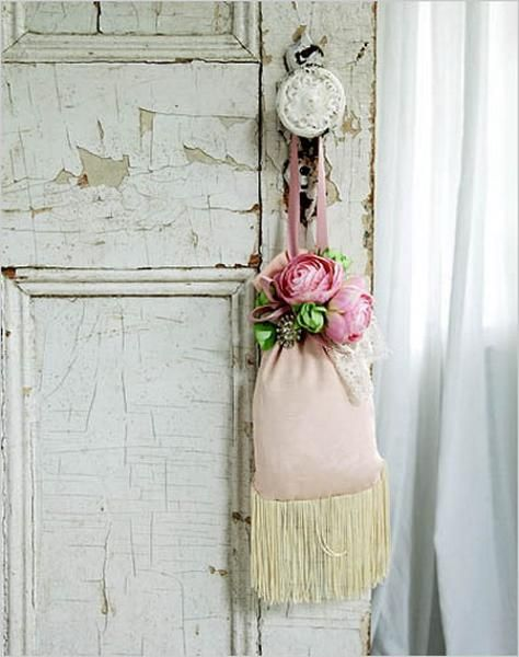 Shabby Chic Decorating Ideas Decor Accessories Helps Compliment Your Room In