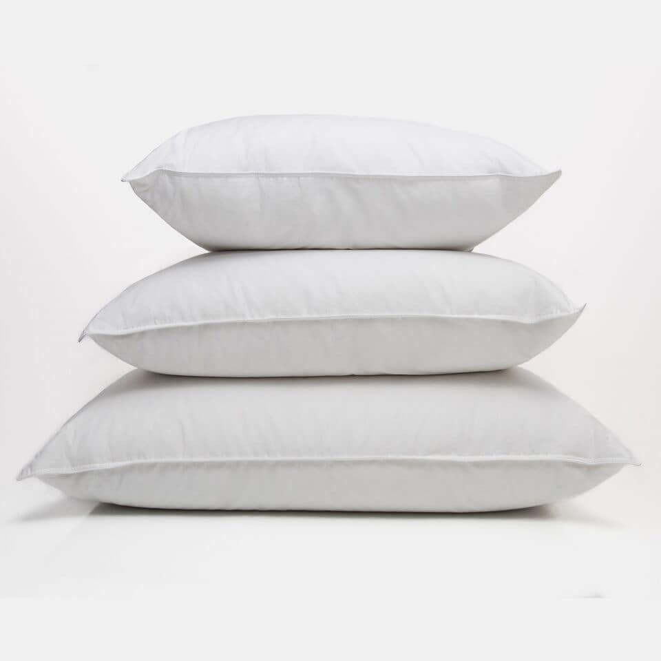 Marlee Waugh White Standard Ogallala Hypodown Bed Pillows Pillows Down Pillows