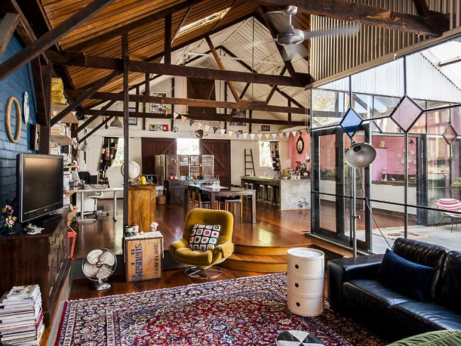 Warehouse turned home home and lifestyle in 2019 - Warehouse turned into home ...