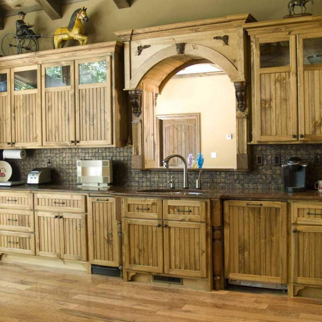 How To Glazing Kitchen Cabinets | Pine kitchen cabinets ...