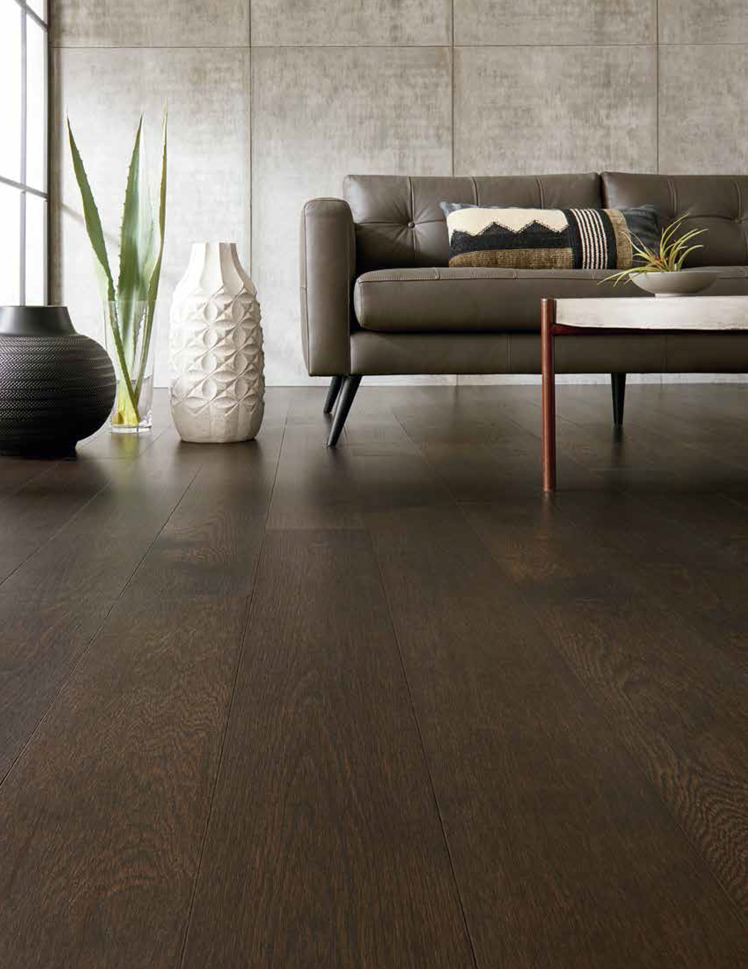 Natural Hardwood Floors In Living Rooms Are Beautiful Long Lasting And Easy To Clean G Living Room Design Inspiration Natural Wood Flooring Hardwood Floors