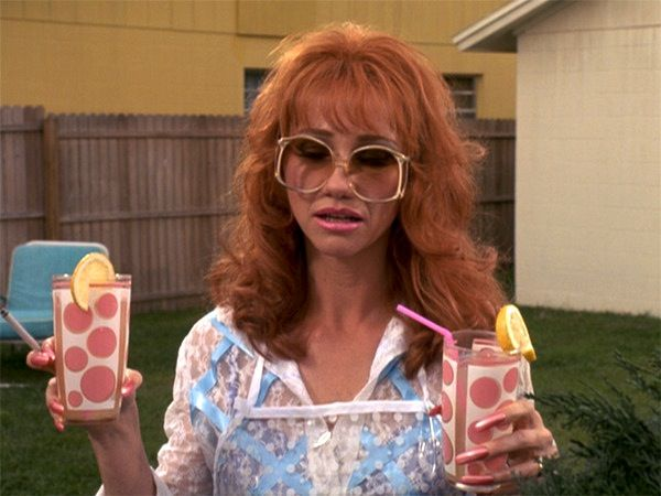 Kathy Baker As Joyce In Edward Scissorhands Edward Scissorhands Edward Scissorhands Movie Edward Scissor