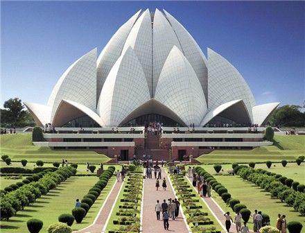 En concevant la Maison d\u0027Adoration Bahá\u0027íe pour l\u0027Inde - un temple