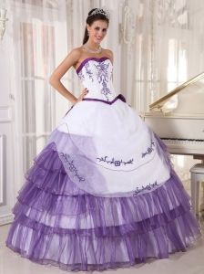 Sweetheart Ruffled Embroidery Sweet 16 Quinceanera Dress White and Purple