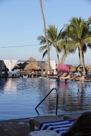 Mirror pool area, Crown Paradise Club Puerto Vallarta  |  Av de las Garzas 1, Puerto Vallarta 48