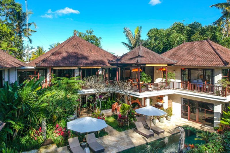 Just a few minutes from ubud center what a beautiful