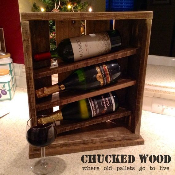 Wine rack made of pallet remnants