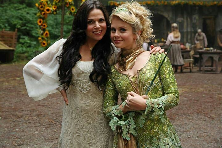 Such a cute picture of Regina and Tink