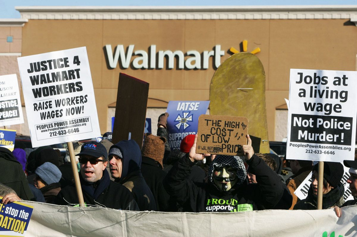The Real Reasons for Walmart's Wage Hike - The New Yorker