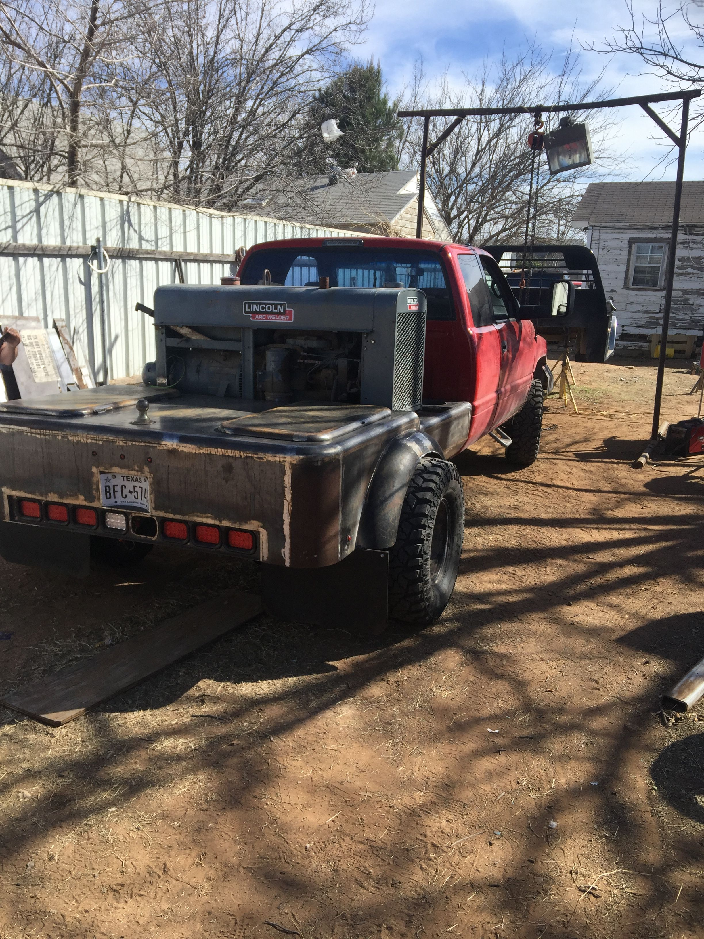Pin by Edgar on Welder Welding trucks, Welding rigs
