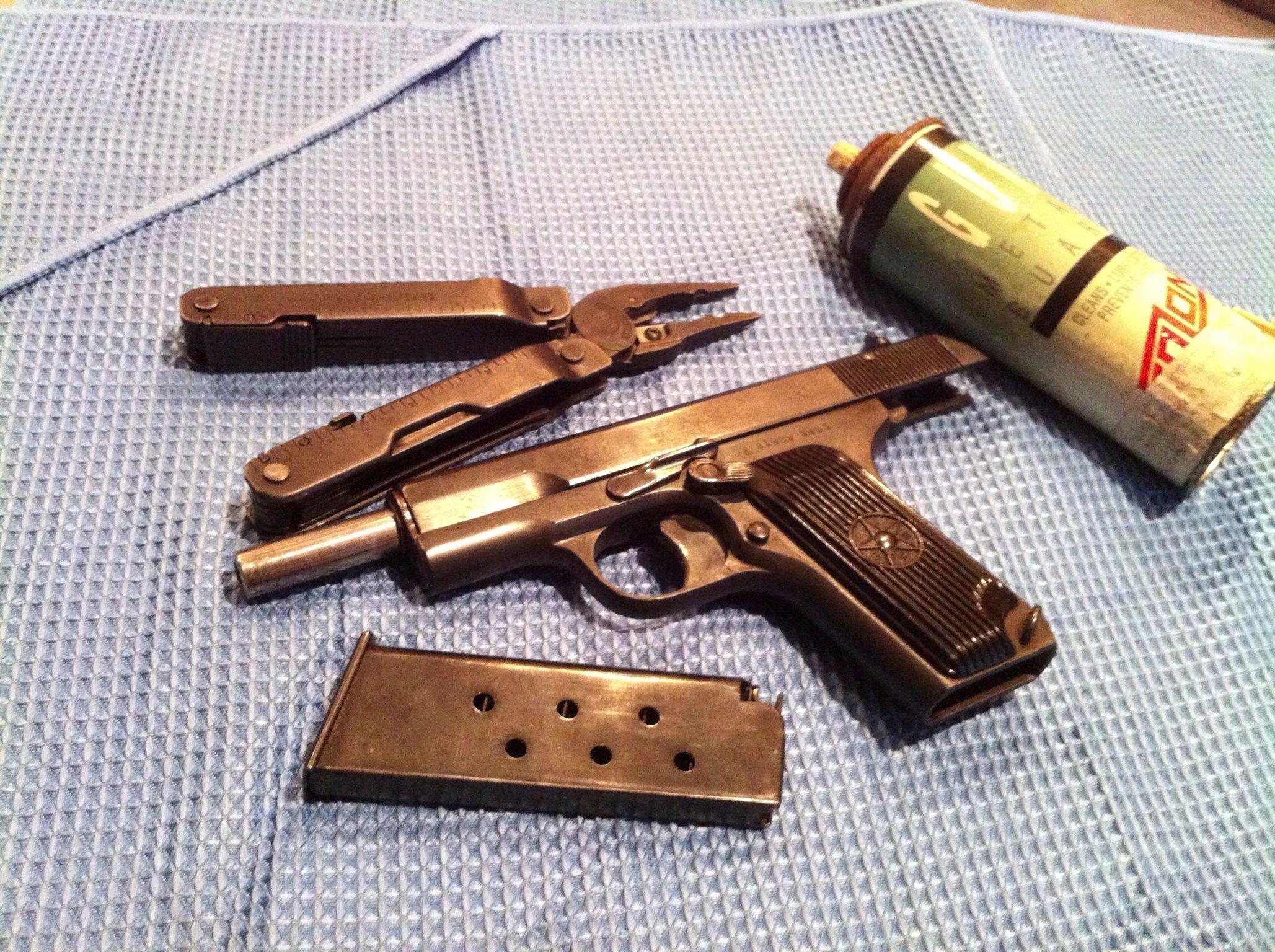Cleaning the Tokarev. Guns, Hand guns, Firearms