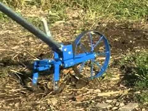 Valley Oak Wheel Hoe, $285-295