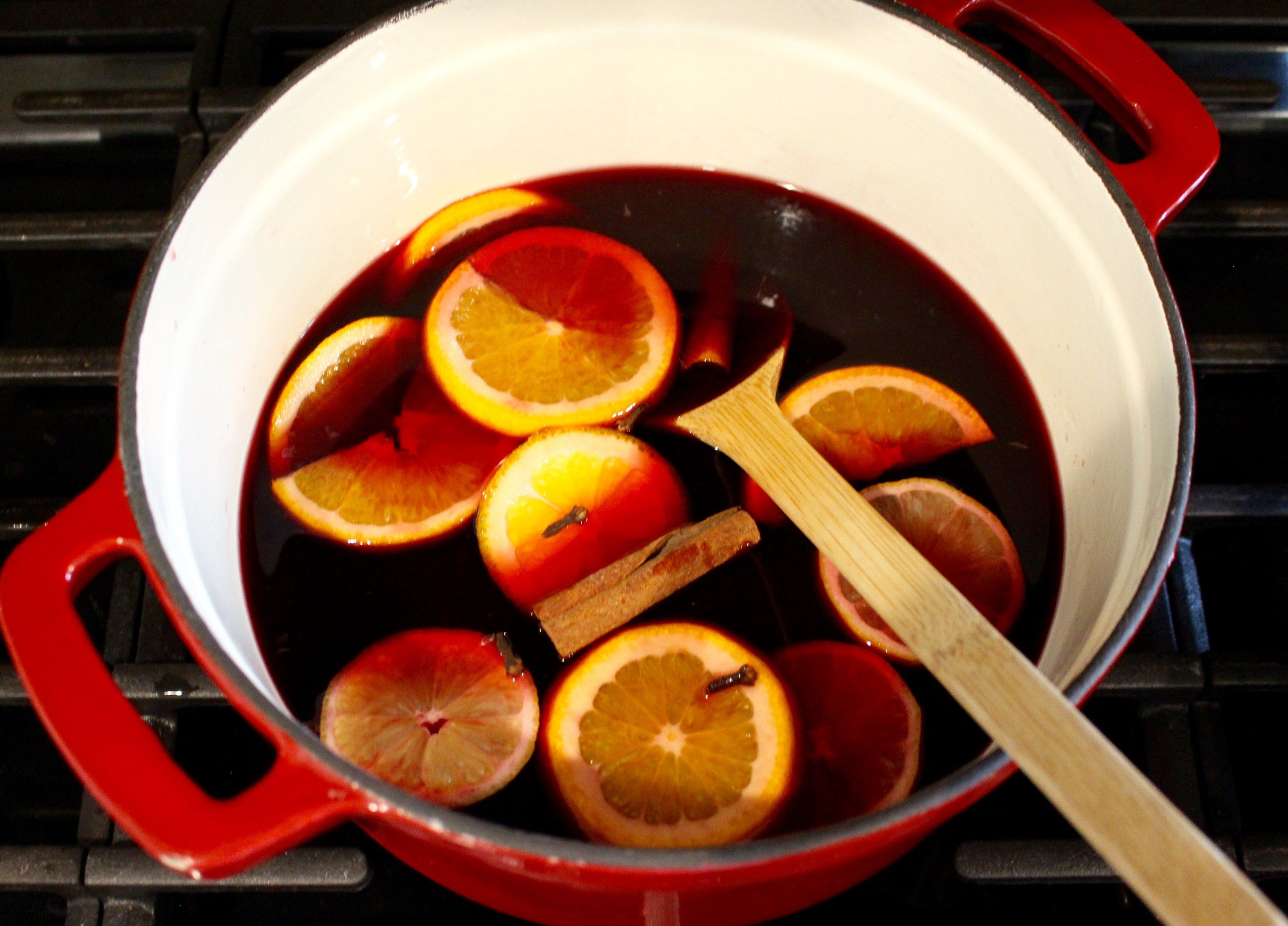 Gluhwein Is A Traditional Holiday Drink In Germany That Just Tastes Like Christmas Basically It S Red Wine Christmas Drinks Recipes Wine Recipes Mulled Wine