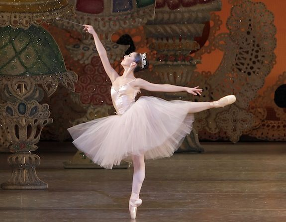 Ana Sophia Scheller As The Sugarplum Fairy In George Balanchine S The Nutcracker Photo By Paul Kolnik Courtesy Nyc Nutcracker Ballet Beautiful Ballet Dancers