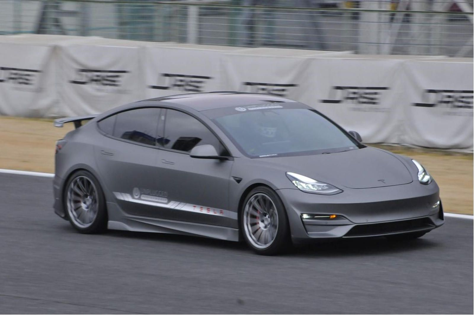 Tuned Tesla Model 3 Nearly Beats Mclaren F1 Around Tsukuba Tesla Model Mclaren F1 Tesla