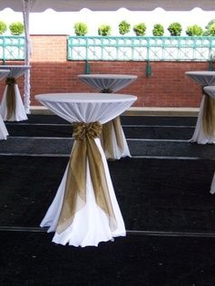 cocktail tables for ceremony room - like this table cloth decor style
