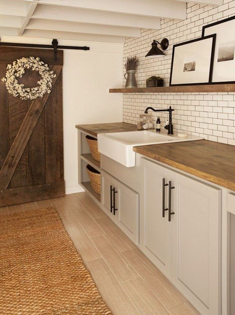 35+ Stunning Rustic Functional Laundry Room Ideas Best For Farmhouse Home Design #laundryrooms