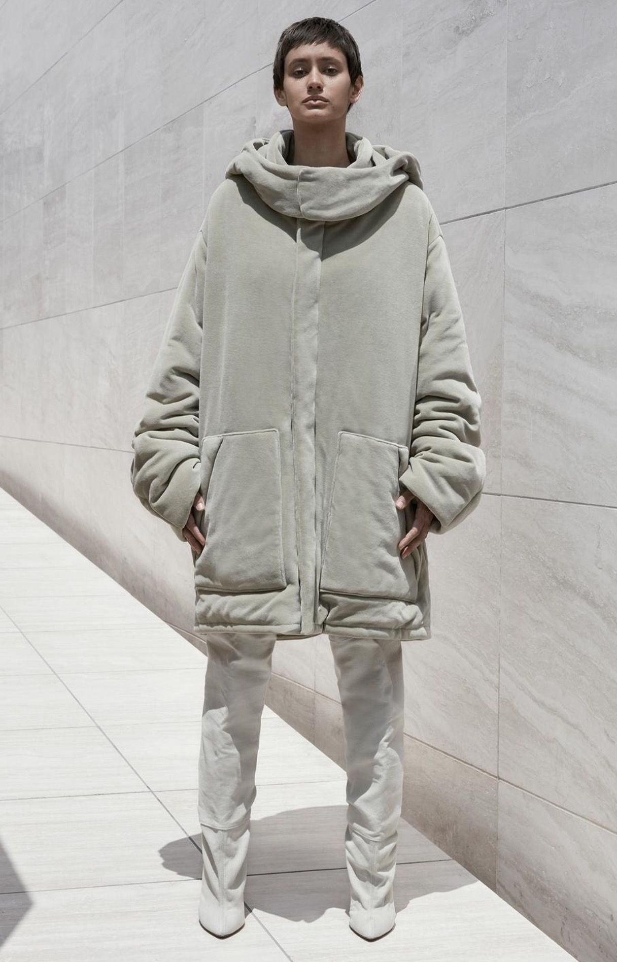 Season 4 Yeezy Yeezy Fashion Yeezy Outfit Yeezy By Kanye West [ 1895 x 1216 Pixel ]
