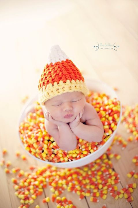Pin By Lisa Lundeen On Cute Baby Fall Baby Pictures Baby Boy Newborn Photography Diy Newborn Photography