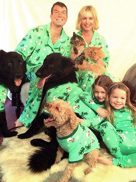 jessica alba kourtney kardashian celebrities with santa