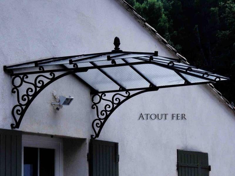 Marquise en fer forgé pour porte du0027entrée dans le var 83 Лестница - porte d entree d occasion