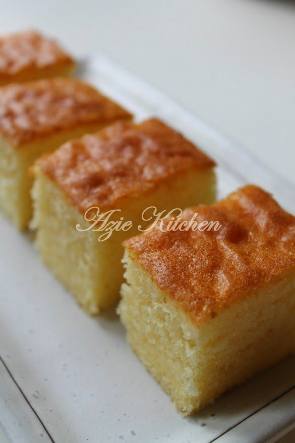 Azie Kitchen: Moist Butter Cake Kegemaran Azie