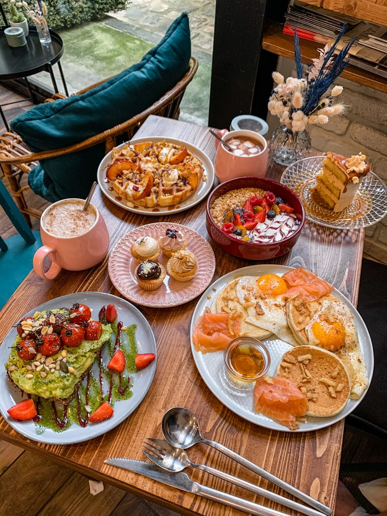 Best Brunch And Breakfast In Paris Paris Food Guide Paris Breakfast Paris Eats
