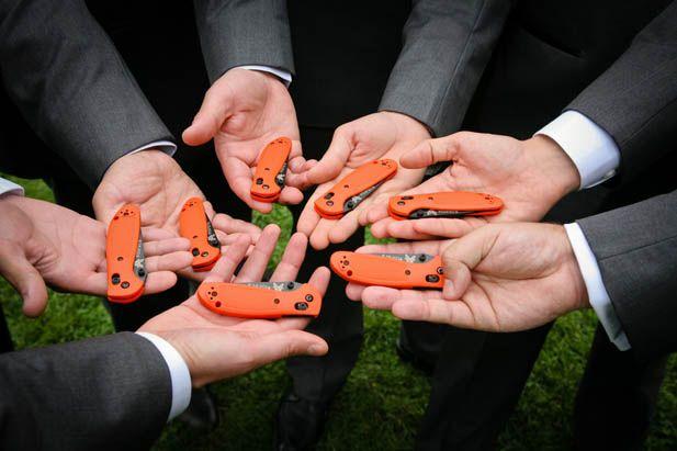 Groomsmen gift ideas: pocket knives