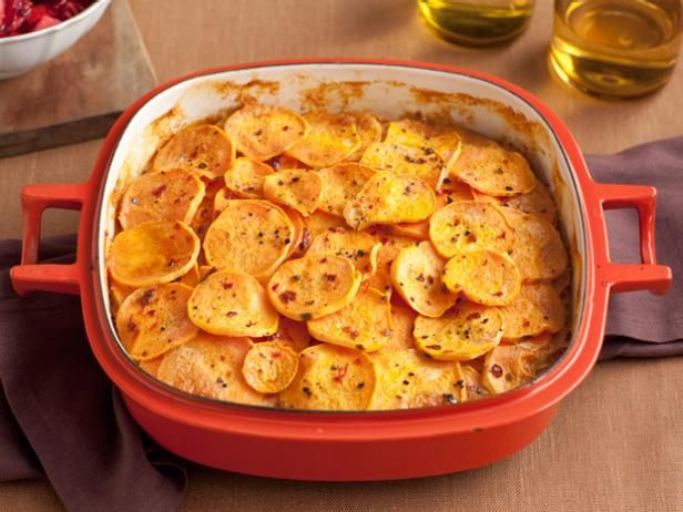 Smoked chile scalloped sweet potatoes recipe scalloped sweet smoked chile scalloped sweet potatoes recipe bobby flay food network forumfinder Image collections