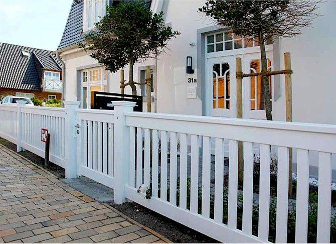 vorstadtvilla friesenzaun mit rahmen outdoor pinterest rahmen z une und gartenz une. Black Bedroom Furniture Sets. Home Design Ideas