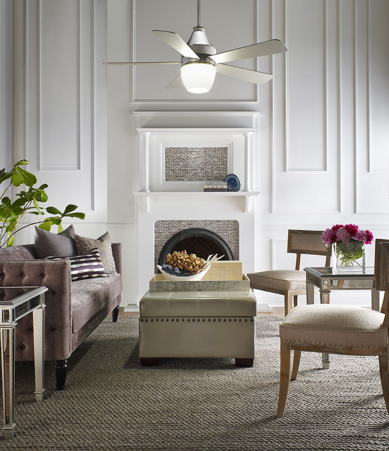Inspired by the latest Hollywood Regency interior designs and